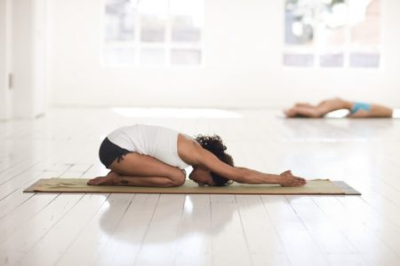 Shishuasana tips for immunity ,balasan tips for immunity ,yoga malaika arora in hindi, yoga tips for immunity, yoga tips in corona days,